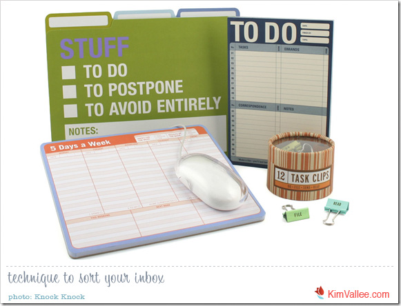 organize-your-work-day-by-theme